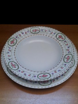 Servizio Piatti 41 pz. porcellana Limoges serie Empire Plisse Trianon ROYAL LIMOGES